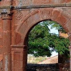 Arco de la Iglesia de Montejo deTiermes 1
